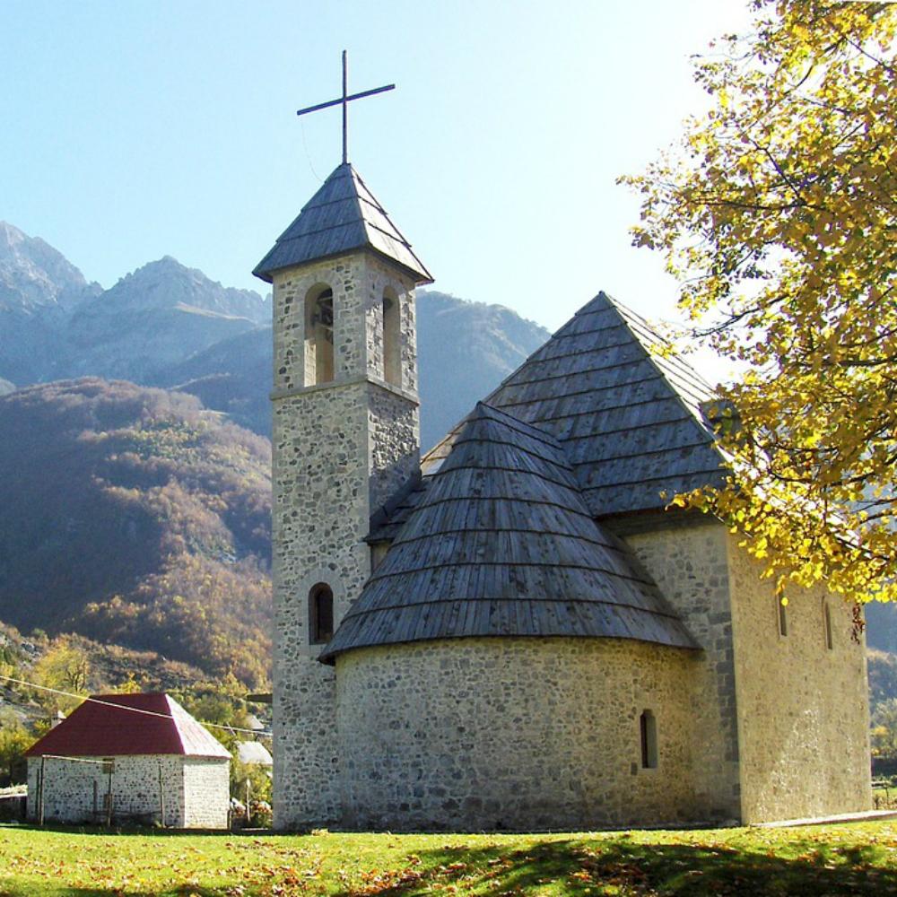 Kerkje in Albanië